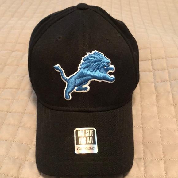 cc07f99679d Detroit Lions fitted hat. M 5b6a22ba9264afb4f2a8b879